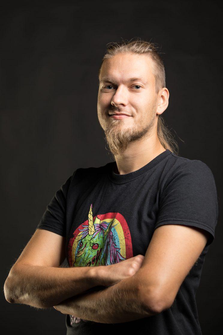 Jonne Hirvonen - ohjaaja, kuvaaja, jälkituotanto